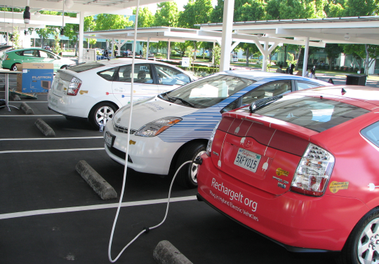 GoogleFleet begins to form: cars ready to recharge.